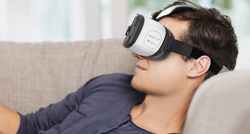 Se špičkovým Samsungem získáte virtuální realitu se slevou. A hromadu aplikací k tomu.
