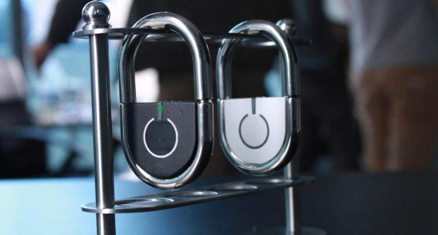 Zámek bez klíče se otvírá jako luxusní mobily