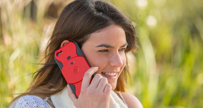 Když si chcete nahrávat hovory na iPhonu, potřebujete tento kryt