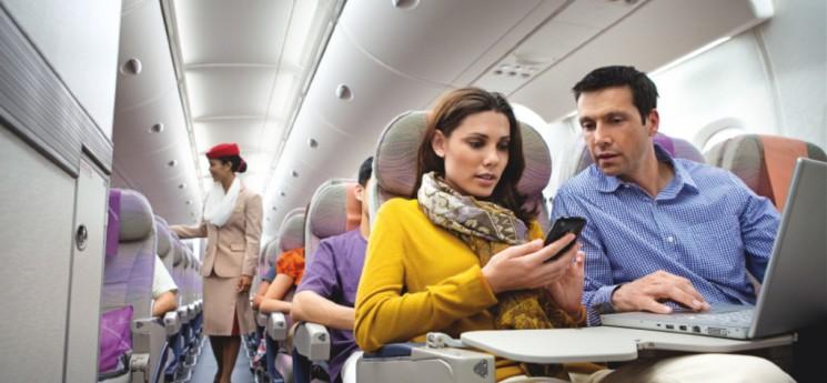 Mobil v letadle už nemusíte vypínat. Většinou