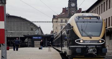 Vlak_Praha_hl_n