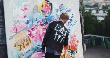 Dobu datovou pro O2 umělecky ztvárnil mladý výtvarník Dávid Kurňavka