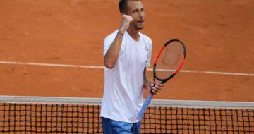 Tenisový souhrn: Rosol má třetí pražský titul, v Moskvě se zrodila velká senzace!