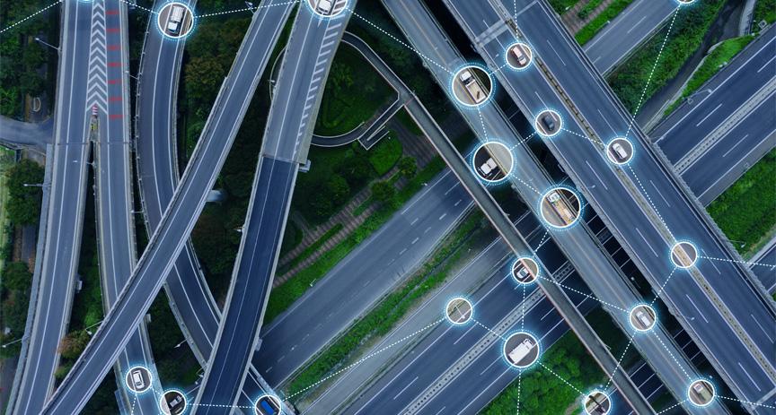 """5G v dopravě: Když se auta vzájemně """"uvidí"""" a kamion zvládne cestu sám"""
