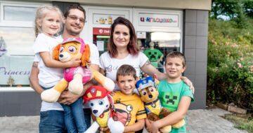 Majitelka e-shopu s dětským oblečením: Devět z deseti zákazníků přijde přes online
