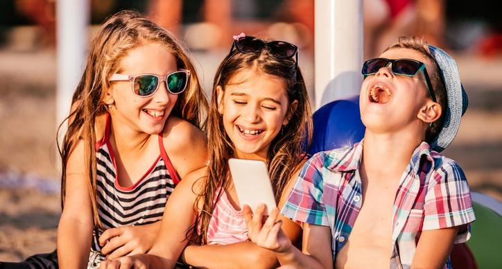 Datamanie u O2. Děti o prázdninách za ručičku vodit nemusíte