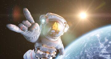 Zapoťte se jako astronaut a pořádně se nakopněte