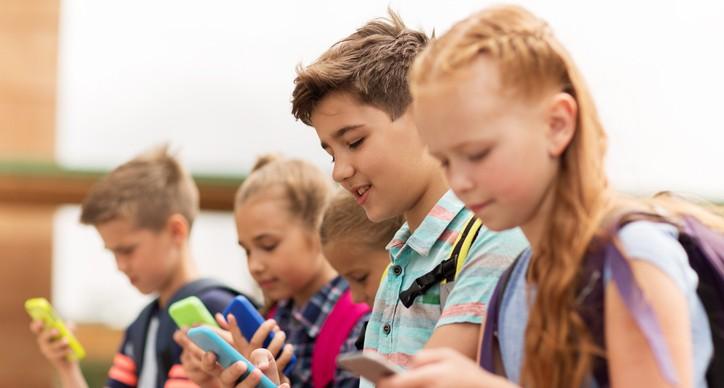 První mobilní tarif pro školáka? Jen za 179 korun od O2